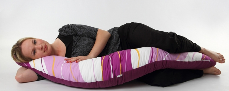 Relaxační, těhotenský polštář se může hodit i tatínkovi!